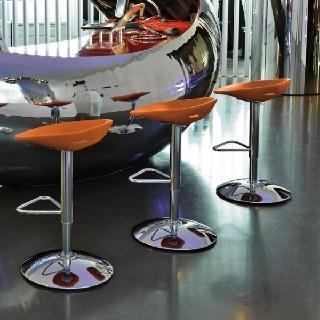 Plastični barski stoli